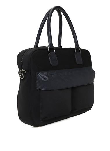 Que Çanta Siyah